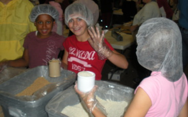 kids packing meals